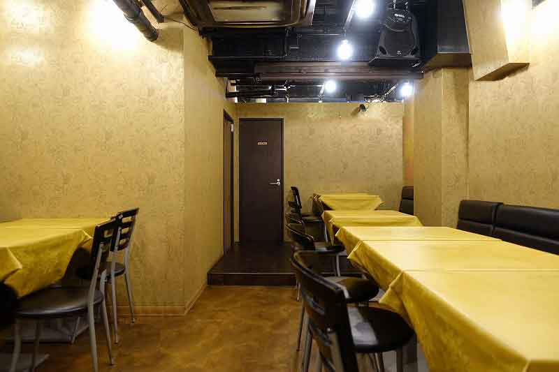 上等カレー秋葉原店のB1Fのライブハウスや貸しスペース